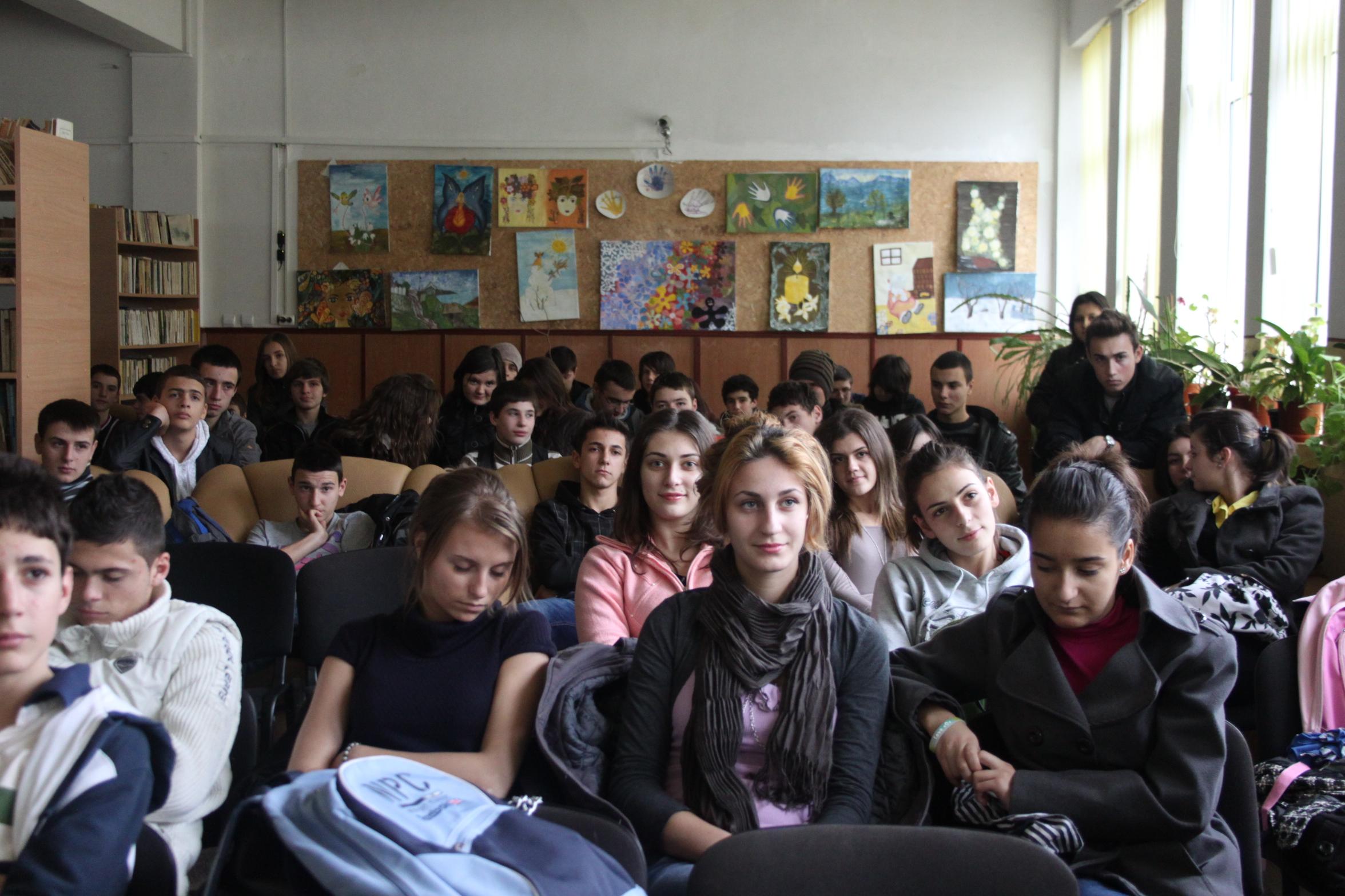 Azi am fost la Liceul I.L.Caragiale din Moreni. Cum a fost?